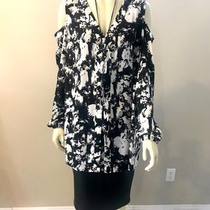 Black and White Tunic Cold Shoulder - NWT
